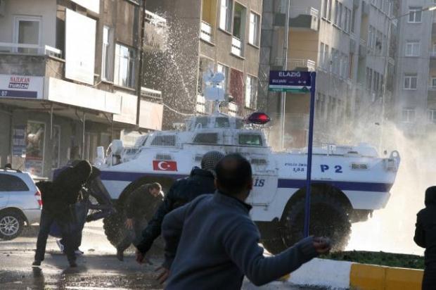 Diyarbakır savaş alanına döndü! galerisi resim 11