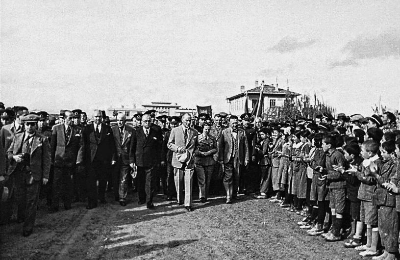 Atatürk'ün İlk Kez Ortaya Çıkan Fotoğrafları! galerisi resim 4