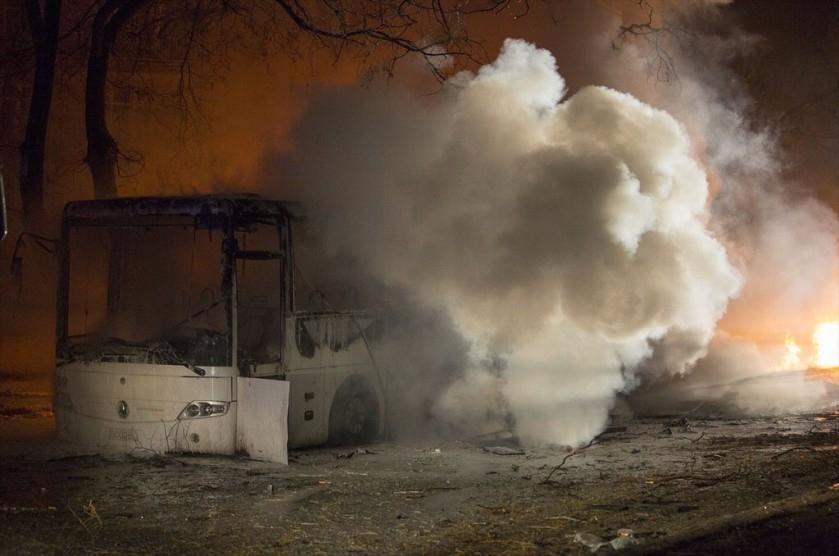 Askeri servise bomba: 28 ölü 61 yaralı galerisi resim 9