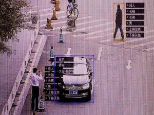 İnsanı yürüyüşünden tanıyan teknoloji!