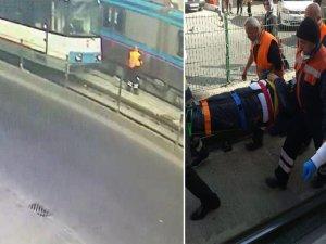 Peş peşe tramvay çarptı!