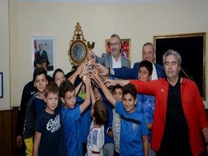 Atatürk Kupası'nda Karacabey Belediyespor rüzgarı