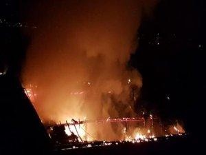 Bursa'da çatı yangını!