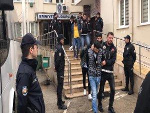Bursa'da 8 gözaltı!