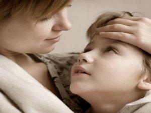 Çocuklarda kıskançlığın nedeni anne sevgisi!