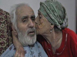 80 yıllık evli çifti ölüm ayırdı