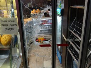 Bursa'da molotof kokteyli saldırı!