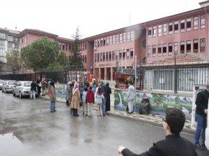 Bursa'da okulda yangın paniği!