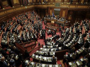 Parlamentoda seks skandalı!