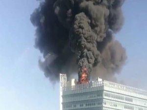 Google ofisinin bulunduğu kulede yangın!