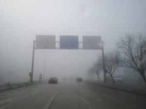Bursa'nın o ilçesi sis altında!