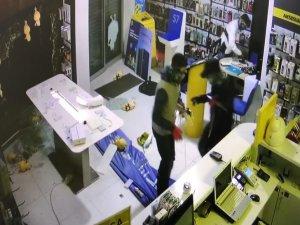 Mağaza sahibi şok üstüne şok yaşadı!