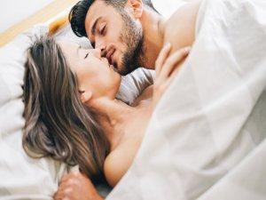 Uyku seks hayatını nasıl etkiler?