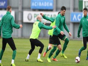 Bursaspor'da Mesut Bakkal ilk maçına çıkıyor