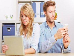 Sosyal medya hayatınızı nasıl etkiliyor?