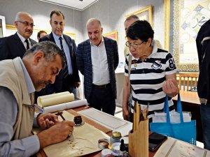 Japonlar Bursa'da Hüsnühat öğreniyor