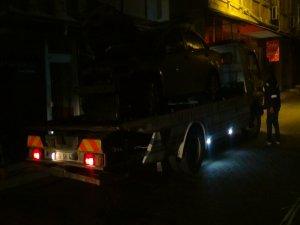 Bursa'da araç alev alev yandı