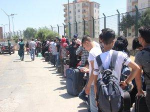 Suriyeliler Türkiye'ye dönüyor!