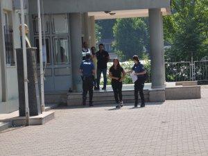 Bursa'da genç kız kabusu yaşadı