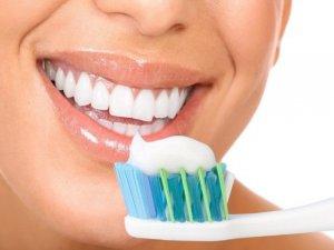 Diş fırçalarken bu noktalara dikkat