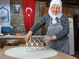 Bursa'da köylü kadınlar kafe açtı!