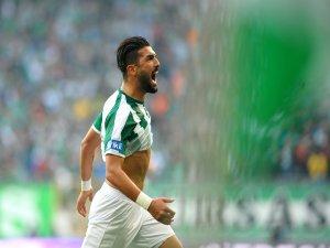 Bursaspor'lu futbolcu için yarışıyorlar!