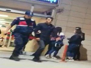 Bursa'da gençlerin kavgasında kan aktı