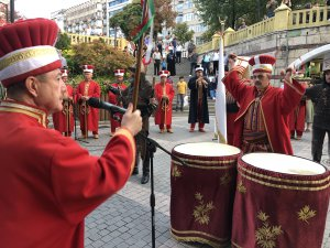 Bursa'da kutlamalar başladı