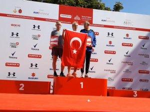 Bursalı koşuculardan büyük başarı