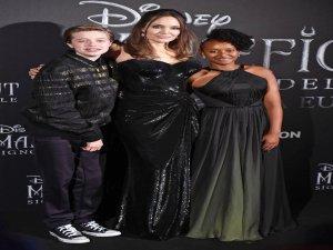 Angelina Jolie'ye kızlarından tam destek