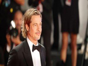 Brad Pitt itiraf etti