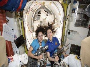 Kadın astronotlardan bir ilk