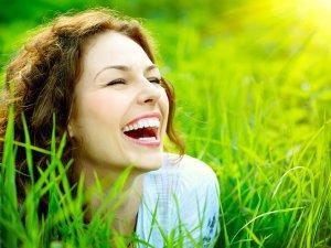 'Pozitif Olma' kuralı mutluluk getiriyor!