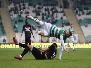 Bursaspor ilk puan kaybını yaşadı