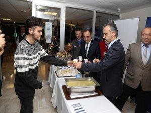 Bursa'da ders arası çorba molası