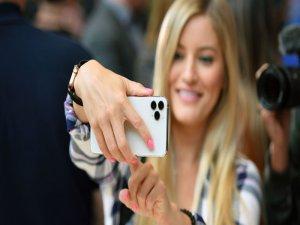 Apple, en büyük iPhone modelini çıkaracak