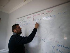 Bursa'da köylü kadınlar İngilizce öğreniyor