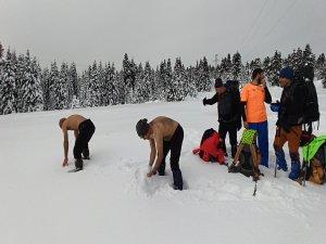 Uludağ'da kar güreşi