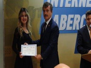 Bursa'da gazeteciler sertifikalarını aldı