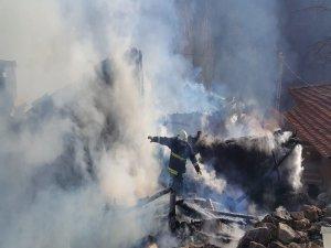 Bursa'daki yangında büyük seferberlik