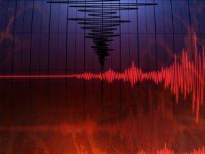 Akdeniz'de korkutan depremler