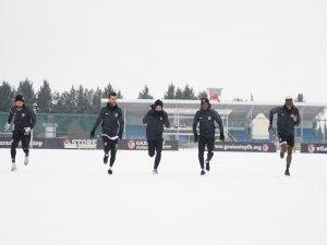 Gaziantep FK zor şartlarda çalıştı