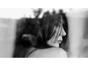 Hande Yener'den hayata yeni bir 'Pencere'