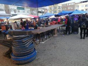 Bursalılar pazara koştu