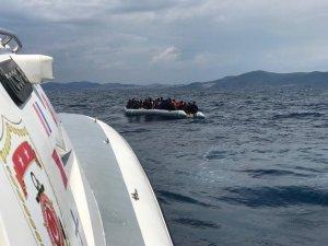 Denizde mülteci operasyonu