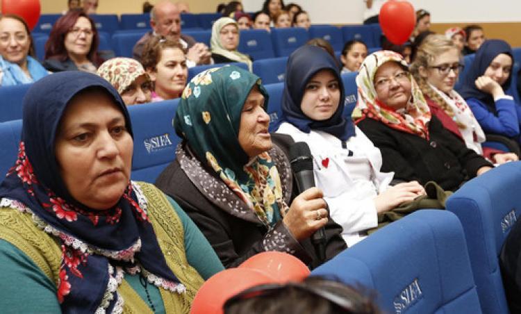 Organ nakli olan hastalarla bekleyenler Şifa Üniversitesi'nde buluştu