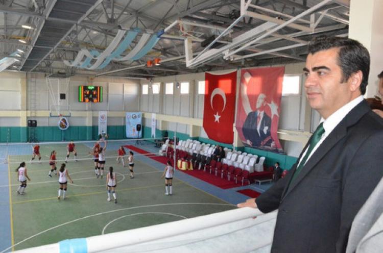 Kayseri'de spor yatırımları hızla devam ediyor
