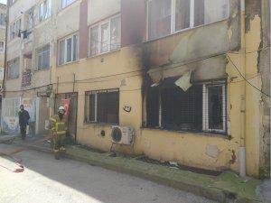 Apartmanda yangın çıktı