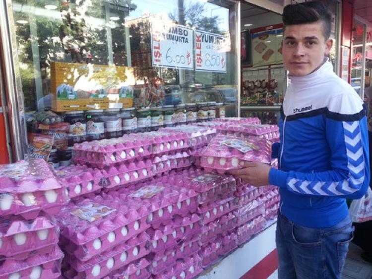 Kümesten tanesi 22 kuruşa çıkan yumurta, rafta 35 kuruşa satılıyor