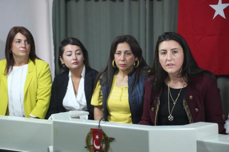 Kadın milletvekili sayısının azalmasına  tepki